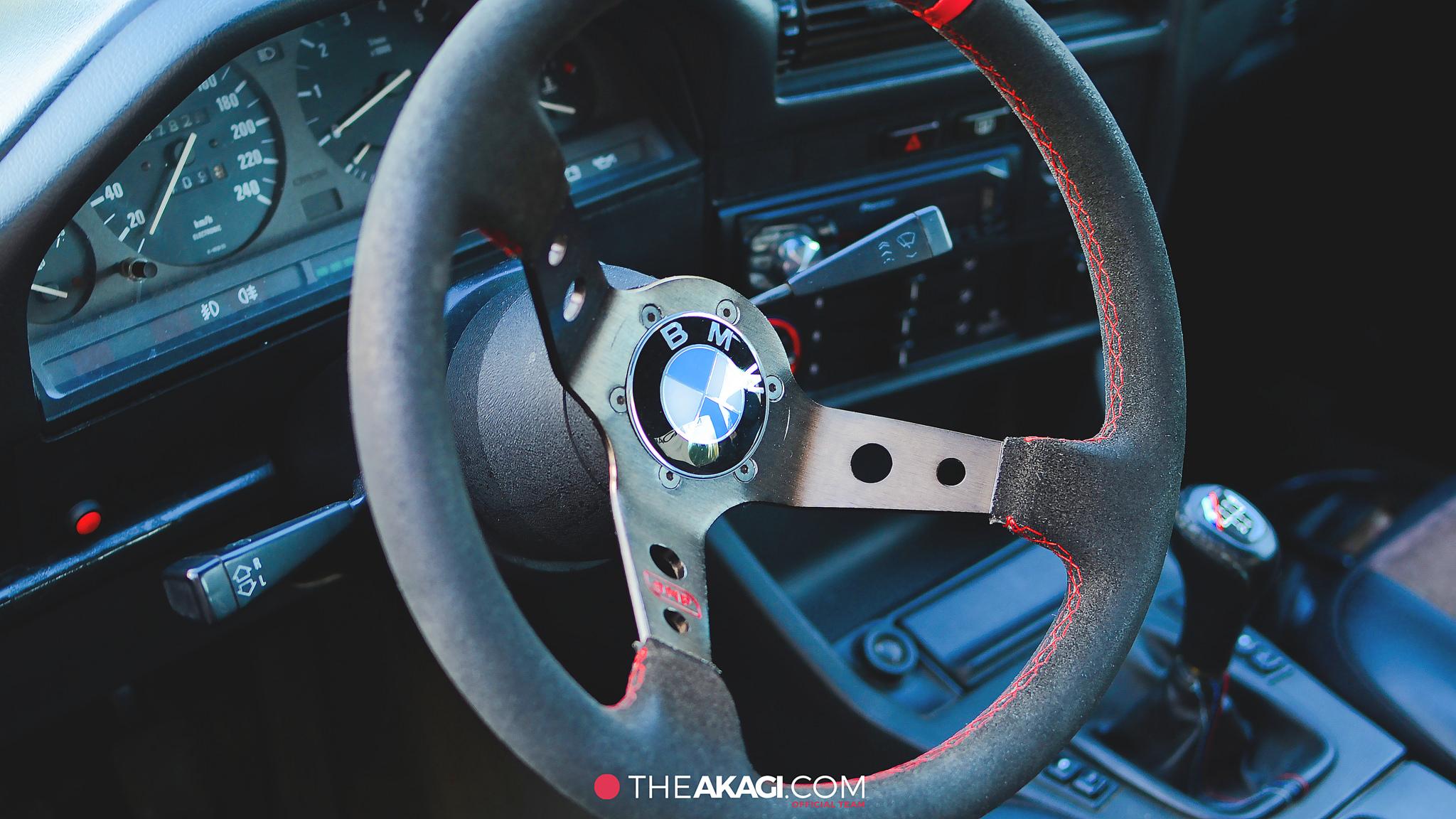 THEAKAGI   BMW E30